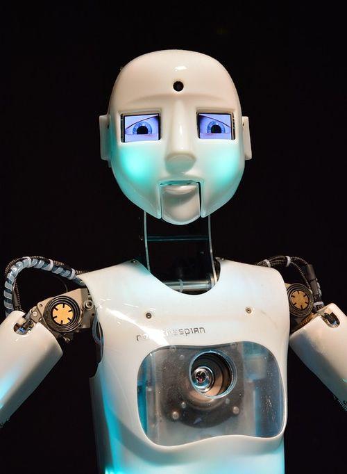 Robot-355340_960_720